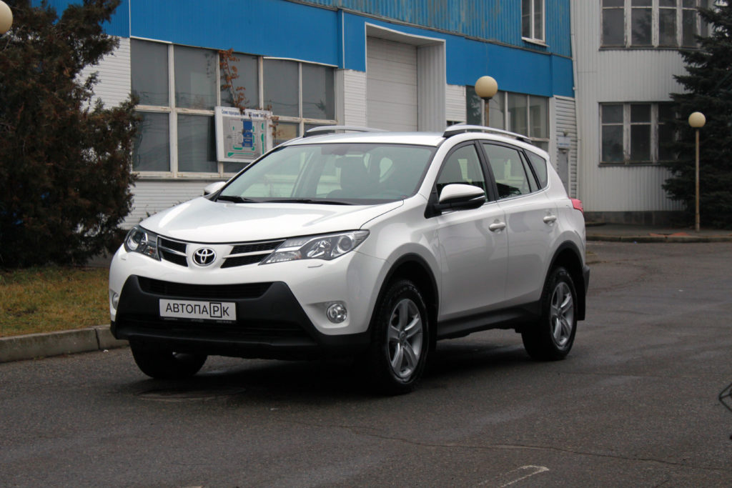 Купить Toyota RAV4 (Белый) - Автопарк Ставрополь