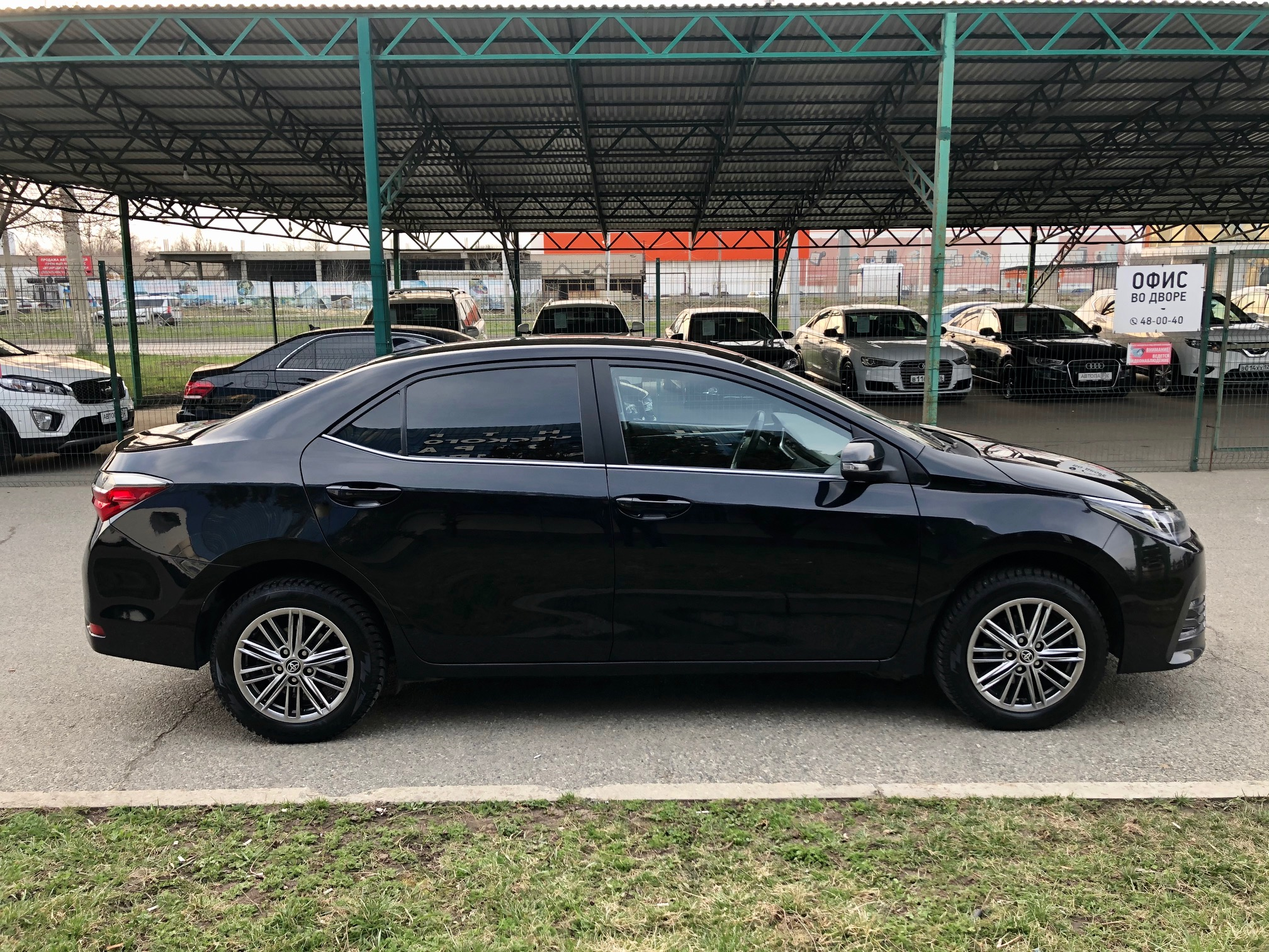 Купить Toyota Corolla (Черный) - Автопарк Ставрополь