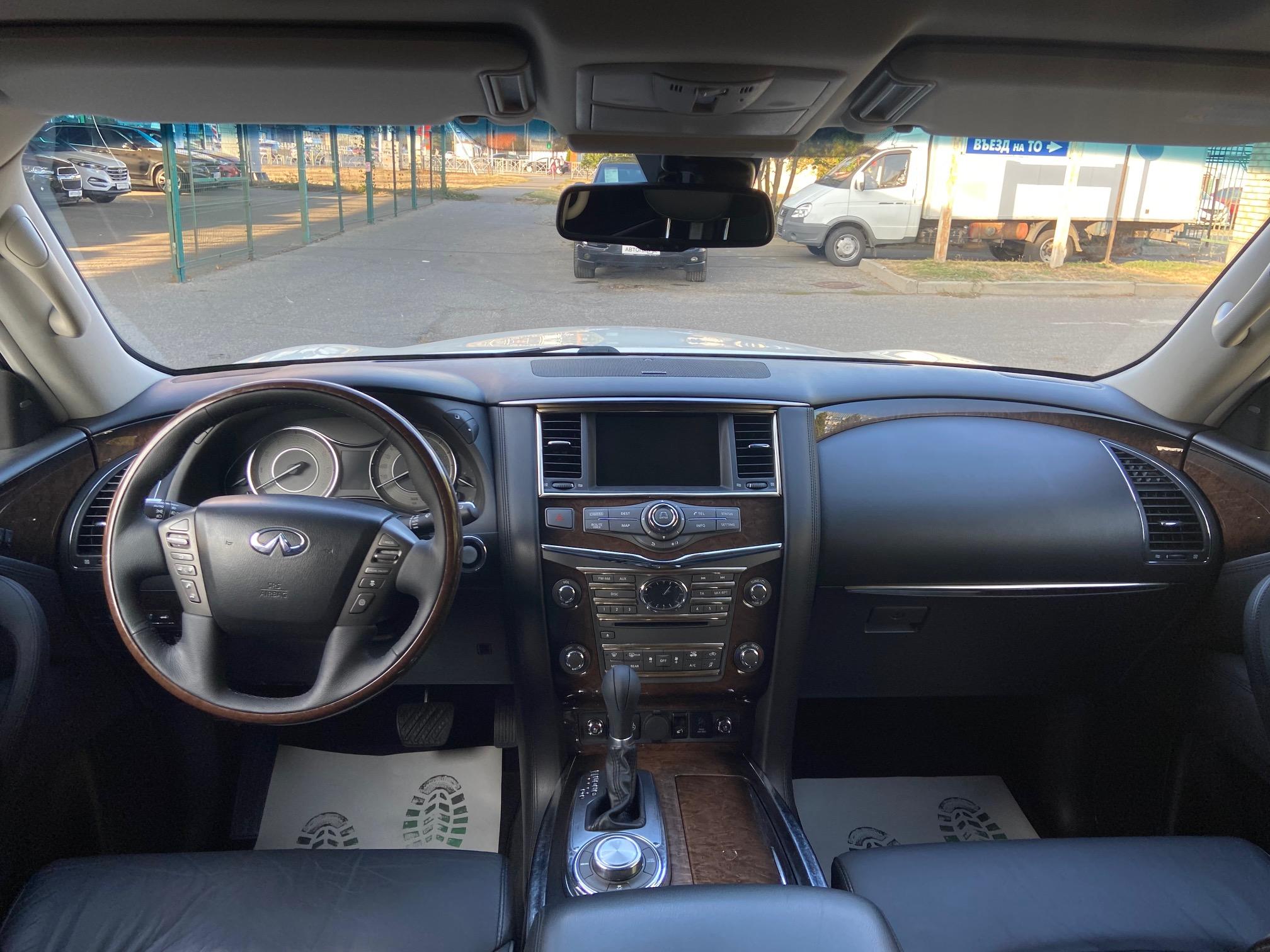 Купить Infiniti QX56 (Белый) - Автопарк Ставрополь