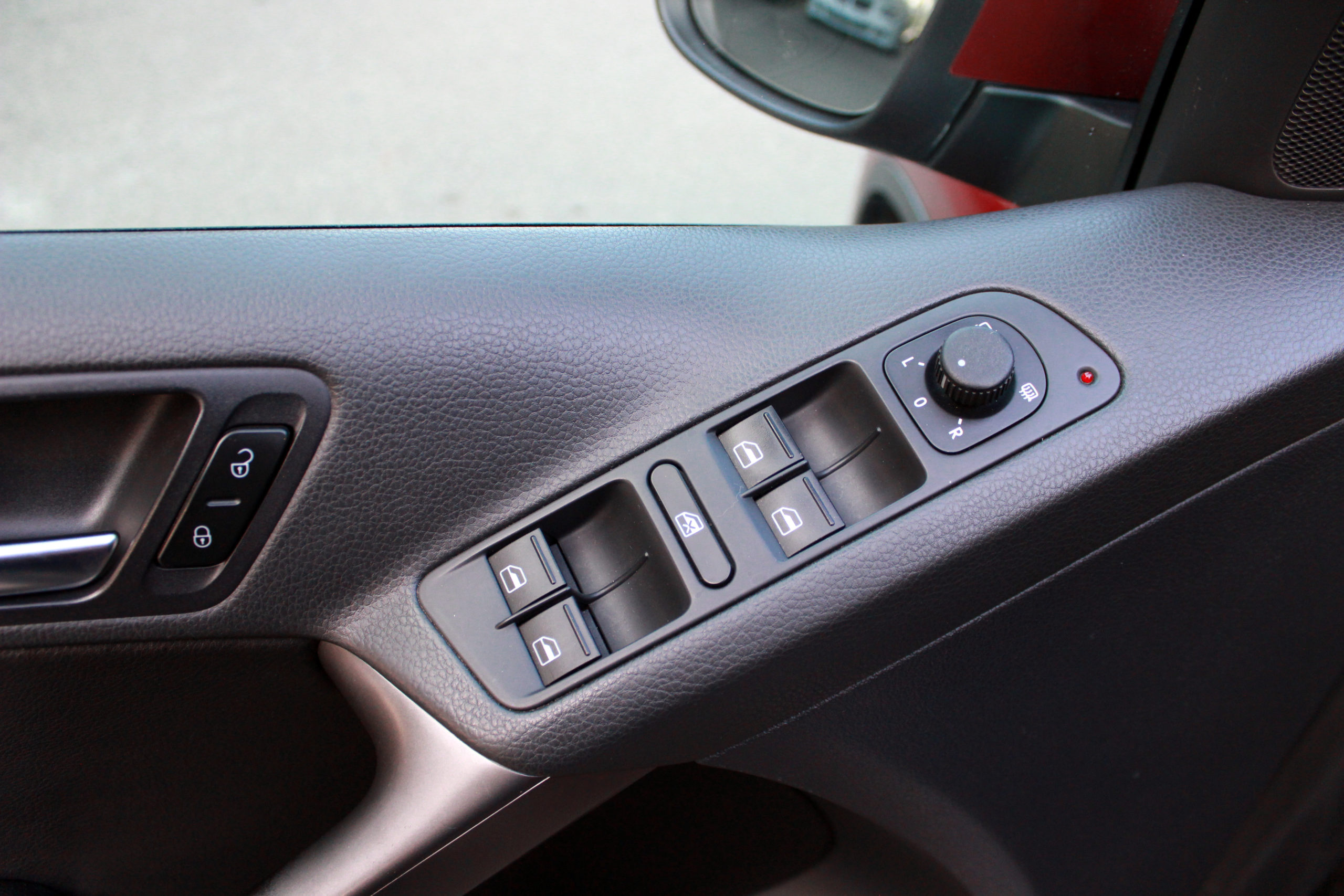 Купить Volkswagen Tiguan (Вишнёво-красный) - Автопарк Ставрополь