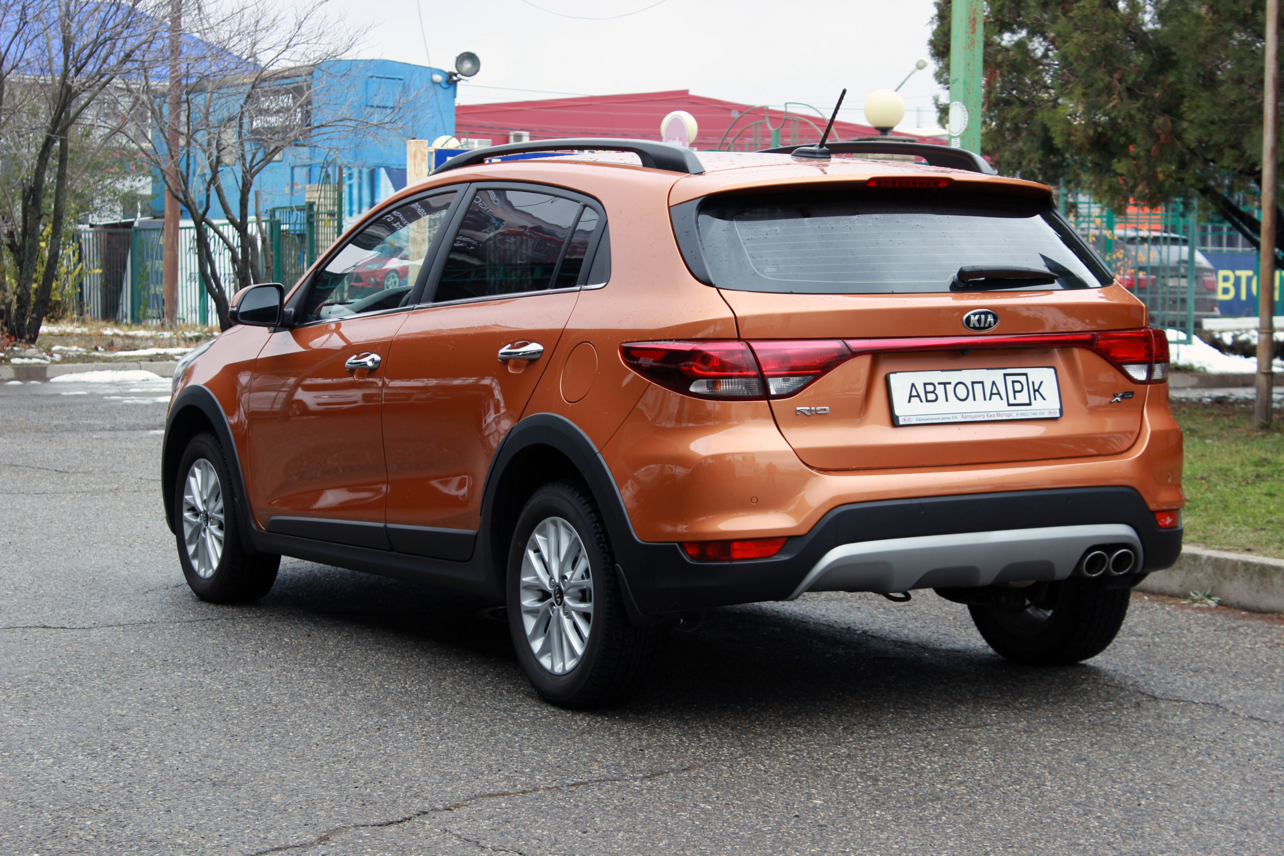 Купить KIA Rio X-Line (Оранжевый) - Автопарк Ставрополь