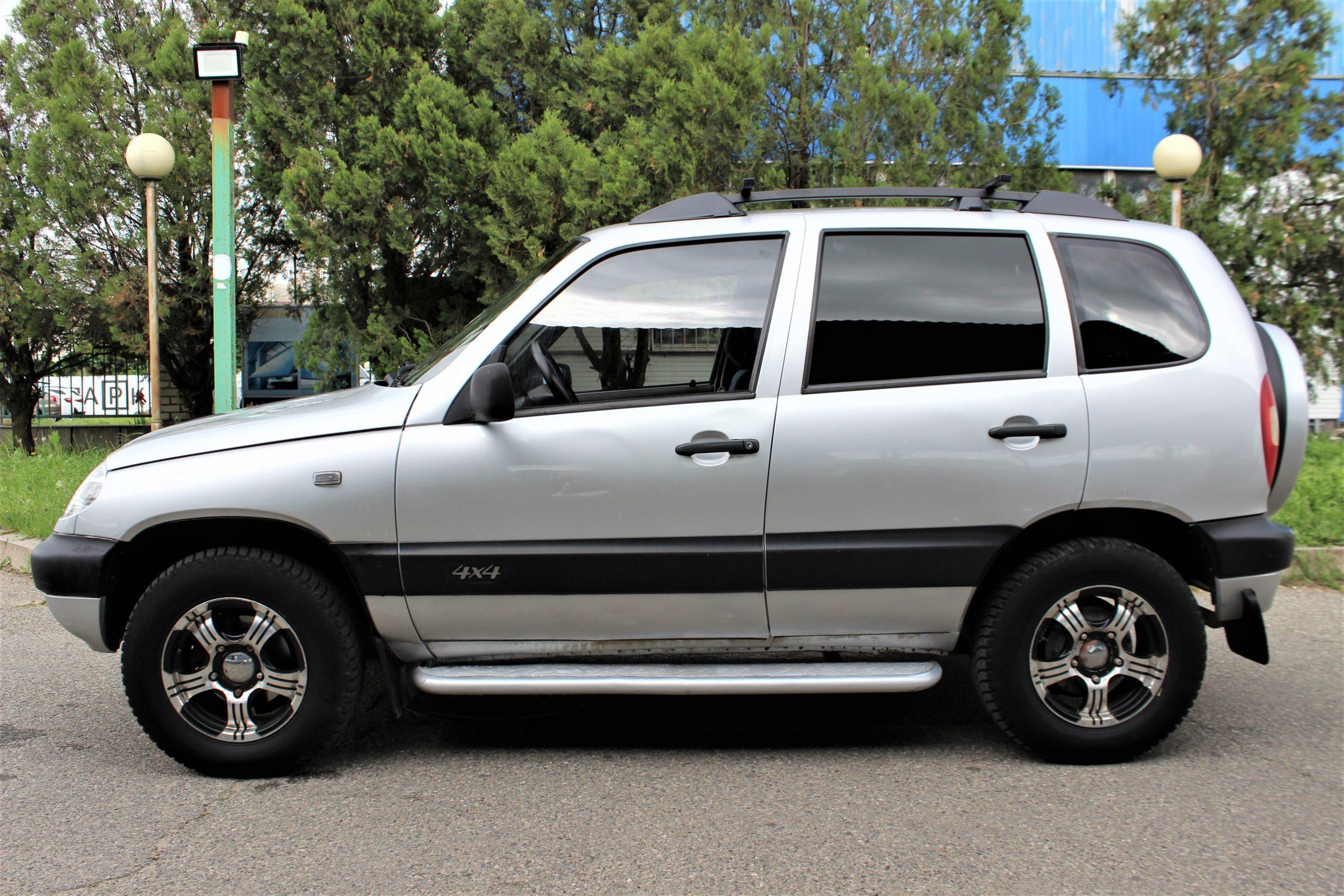 Купить Chevrolet Niva (Серебристый) - Автопарк Ставрополь