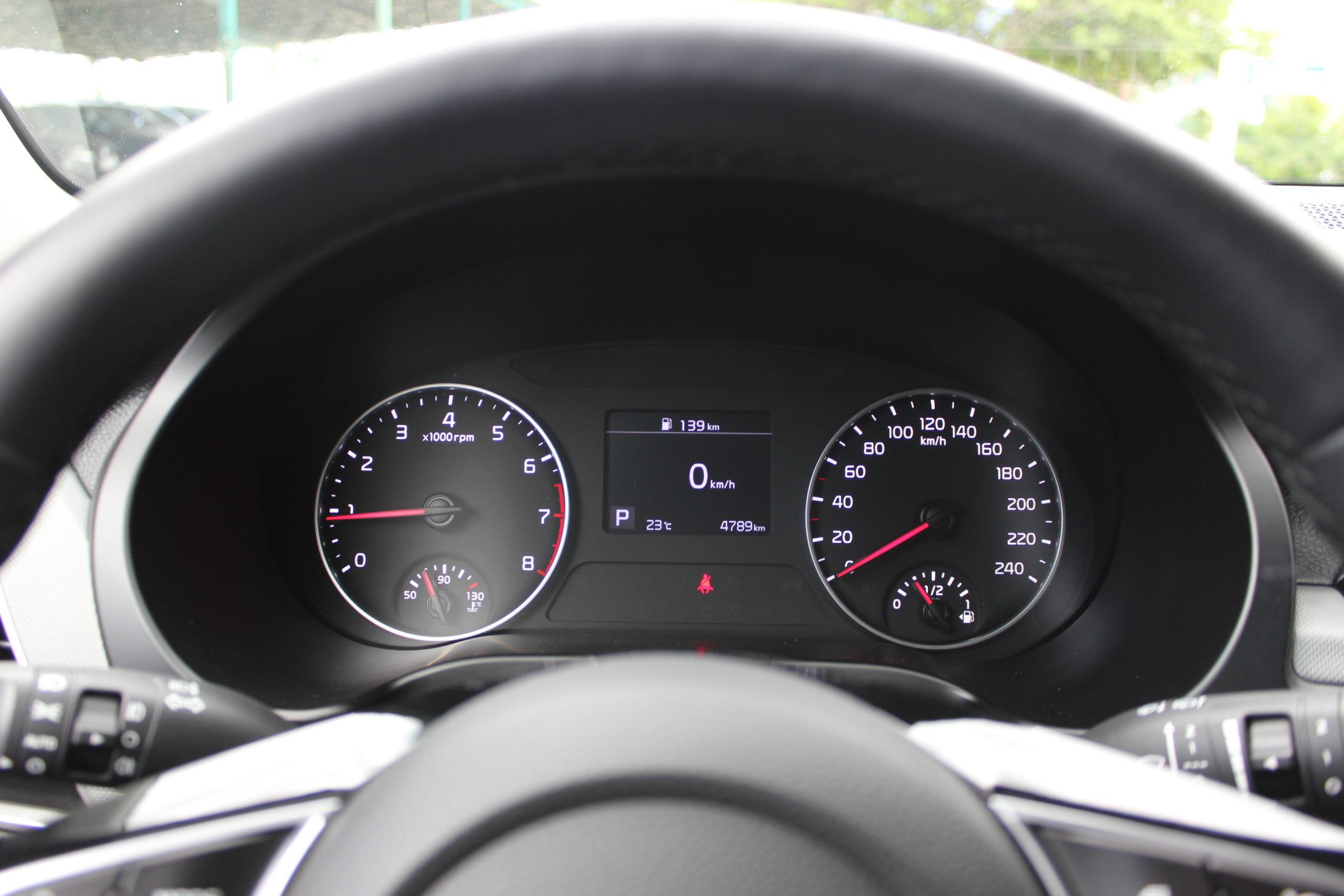 Купить KIA Seltos (Красный) - Автопарк Ставрополь