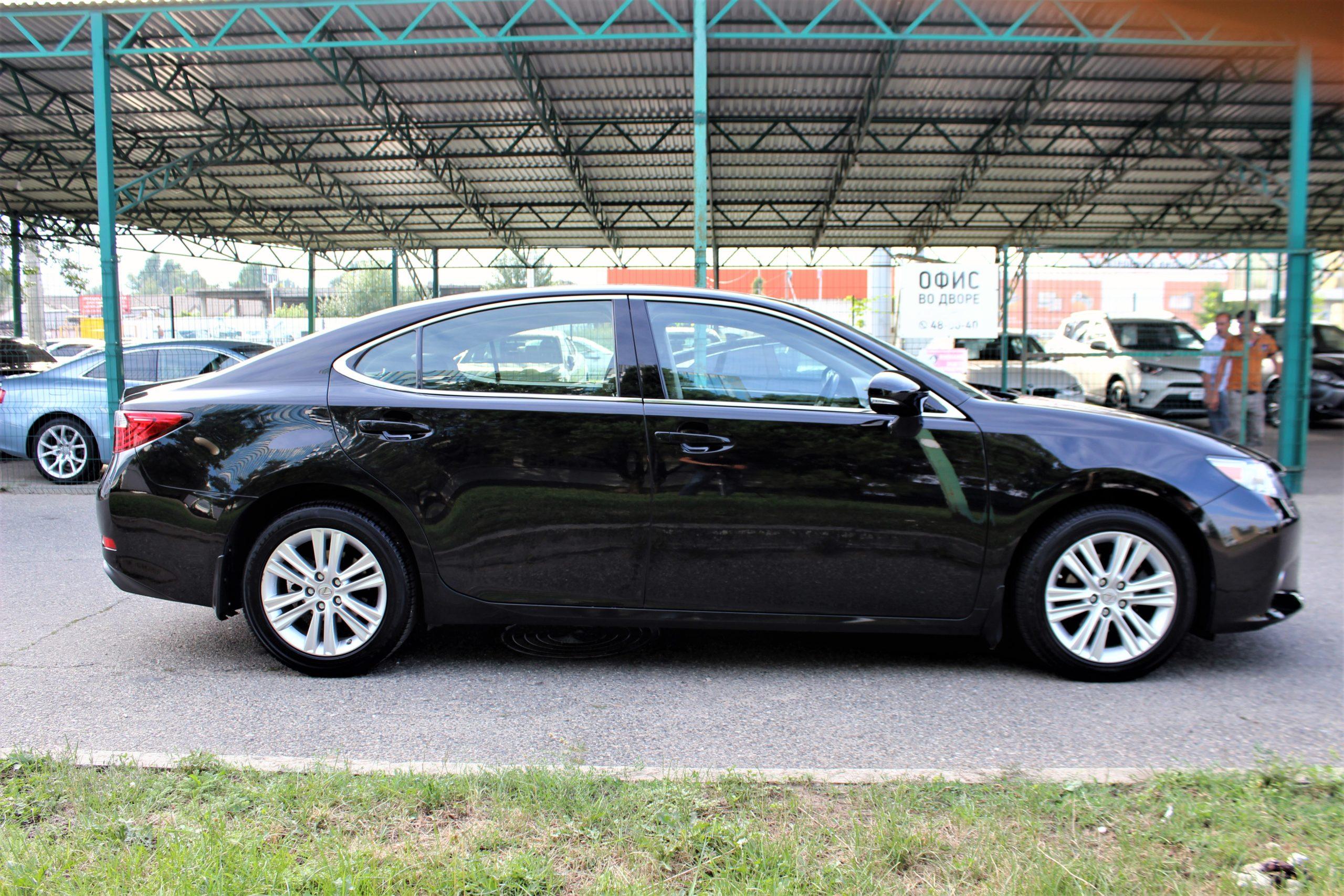 Купить Lexus ES (Черный) - Автопарк Ставрополь