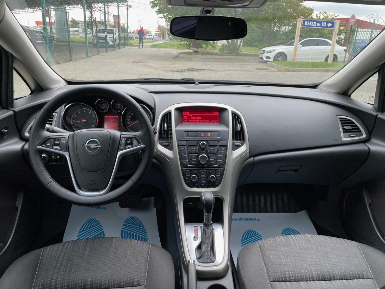 Купить Opel Astra (Черный металлик) - Автопарк Ставрополь